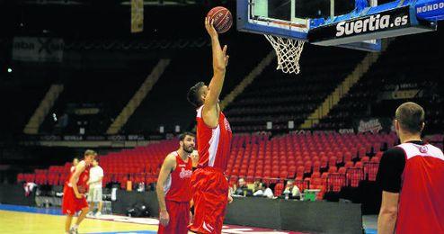 El Baloncesto Sevilla sigue trabajando para preparar el partido del próximo domingo frente al Real Madrid.