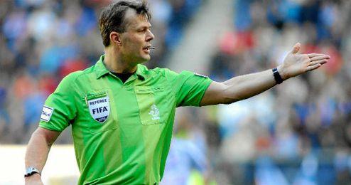 Los árbitros holandeses podrán ver mejor las jugadas polémicas.