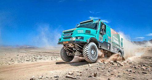 El Powerstar Iveco es el camión de los tres argentinos.