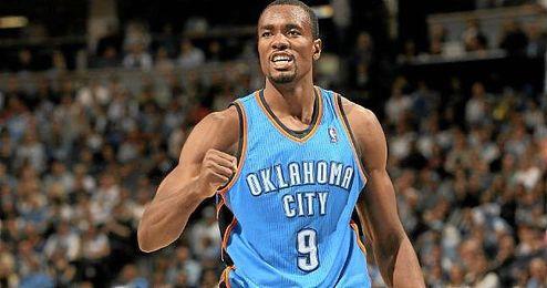 Ibaka ayud� a Oaklahoma a doblegar a Los �ngeles Lakers.