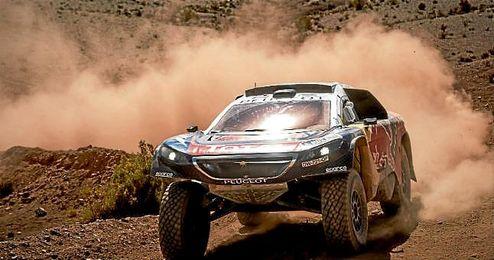 Séptima etapa del rally Dakar 2016 en Uyuni. En la imagen, Carlos Sainz.
