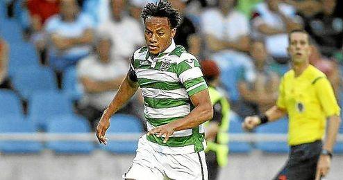 Carillo, con la camiseta del Sporting de Portugal.