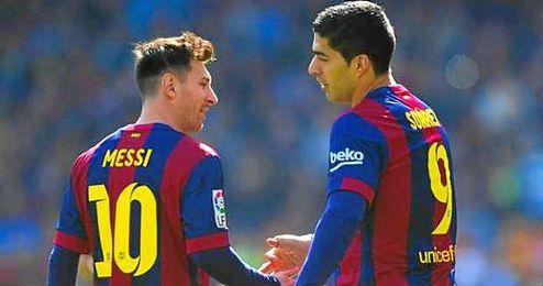 Lionel Messi, celebrando un gol junto con Luis Su�rez.