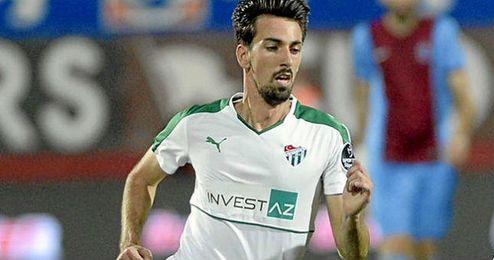 Isacc Cuenca tiene contrato hasta 2018.