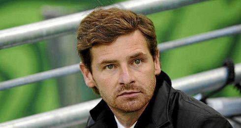 Villas-Boas acusa al mandatario del Chelsea de echar a todos sus entrenadores.