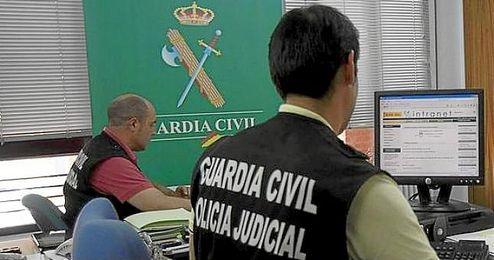 Desde la sucursal se informó a la Guardia Civil de que intentaban usar la cuenta.