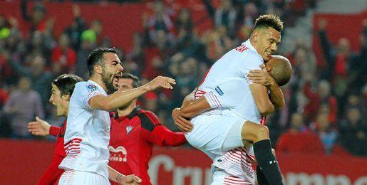 El Sevilla celebra el tanto de N´Zonzi.