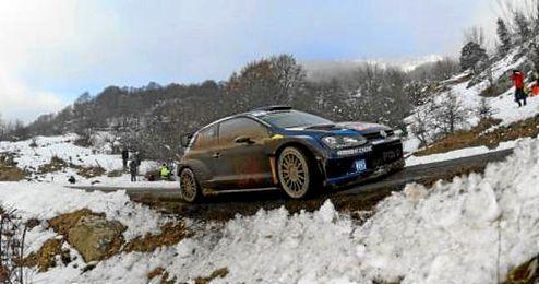 Llegó a meta con 1:54 segundos de ventaja con su Volkswagen Polo R WRC.