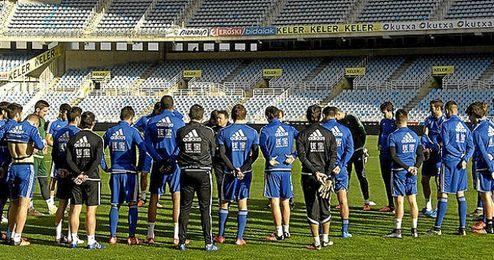 La Real ha entrenado a puerta cerrada en el estadio de Anoeta.