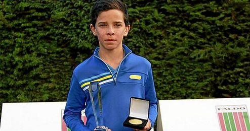 En la imagen, el joven golfista colombiano Esteban Jaramillo.