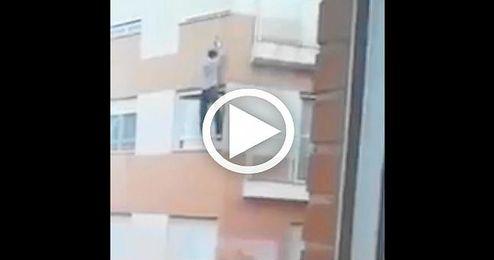 Un hombre fallece cuando intentaba entrar en su casa por la ventana