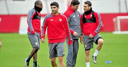 La situación de Banega en el Sevilla dará mucho que hablar aún.