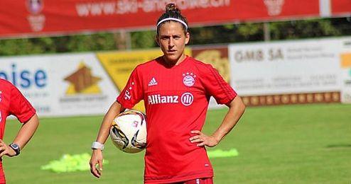 Vero Boquete, jugadora del Bayern y capitana de la Selección Española.