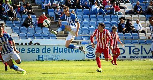 Imagen del partido de Liga entre el Recre y el Almer�a B.