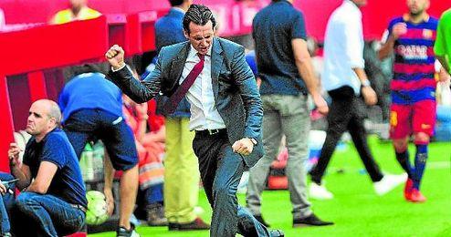 Unai Emery, celebrando un gol de su equipo.