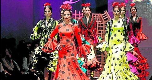 El Salón Internacional de la Moda Flamenca ha vuelto a batir récords de asistencia.