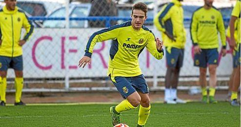 Denis Su�rez feliz en Villarreal.