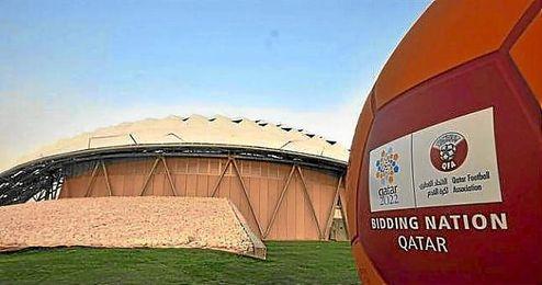 La excavación de 17 metros de profundidad permitirá que el campo de fútbol se construya a unos seis metros bajo el nivel del suelo.