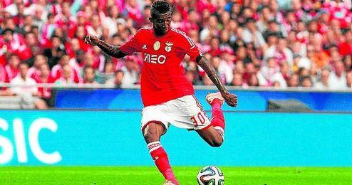 Anderson Talisca es uno de los futbolistas interesantes que militan en el Benfica portugués.