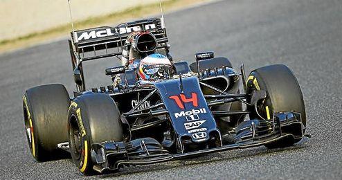 Alonso, sobre el trazado de Montmel�.