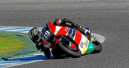 Axel Pons rodando sobre el trazado de Jerez.