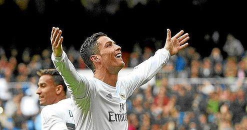 Cristiano celebra uno de sus goles al Celta.