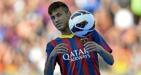 En la imagen, el jugador azulgrana, Neymar en su presentaci�n.