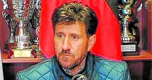 Diego Román, entrenador del Gerena, en la rueda de prensa posterior al encuentro disputado en Rota.