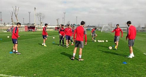 Imagen del entrenamiento matinal del primer equipo del Sevilla FC.
