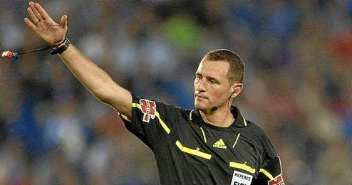 Clos Gómez arbitra por tercera vez al Sevilla este año.
