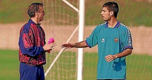 Cryuff y Guardiola, durante su etapa juntos en el Barcelona.