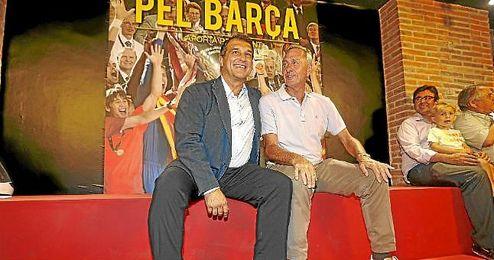 Cruyff, junto a Laporta en las últimas elecciones a la presidencia del Barça.