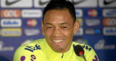 Oliveira volverá a jugar con Brasil.
