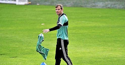 Van der Vaart lleva casi tres meses sin jugar ni un solo minuto, lo mismo que �lvaro Vadillo.