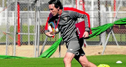 Unai Emery, en un entrenamiento.