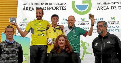 En la imagen, los ganadores de la II Trail Ruta del Agua