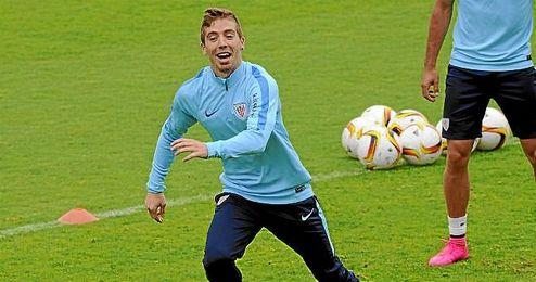 Muniain, en un entrenamiento con el Athletic.