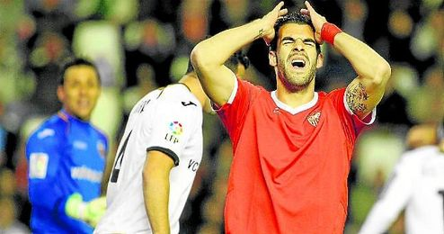 El exsevillista Álvaro Negredo no atraviesa en Valencia por sus mejores momentos.