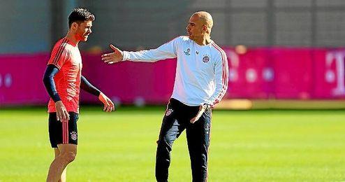 Alonso junto a Pepe Guardiola
