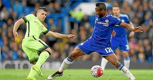 Ag�ero hizo dos goles en el Chelsea-City.