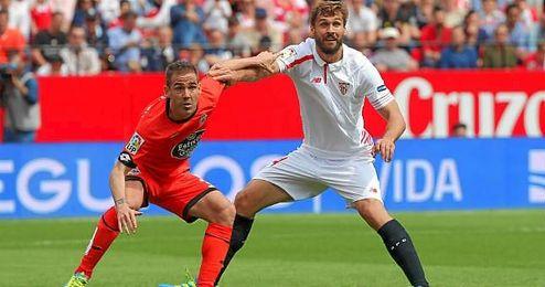 Durante la primera mitad Fernando Llorente pudo disfrutar de vivir en el área del Deportivo.