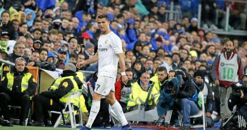 Cristiano se retiró lesionado en el partido contra el Villarreal en el Bernabeu.