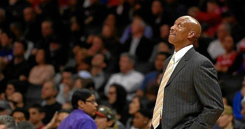 Scott ha estado dos a�os al frente de los Lakers.
