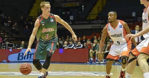 Ludde Hakanson, una de las sensaciones del Baloncesto Sevilla.