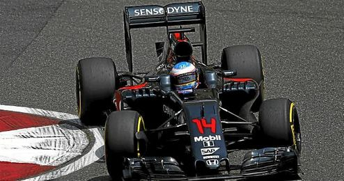 Primeros puntos para Alonso.