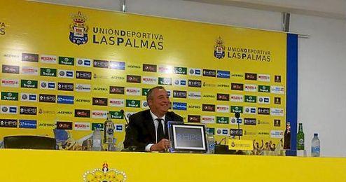 Miguel Á. Ramírez, presidente de Las Palmas, en sala de prensa.