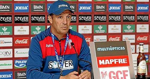 José González, en la rueda de prensa.
