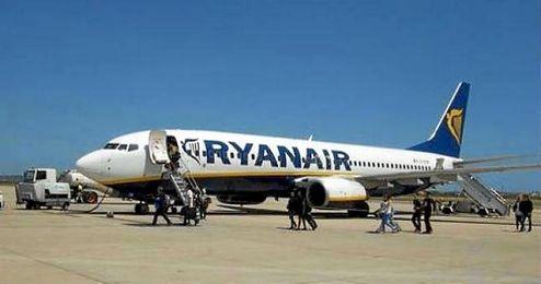 """La compañía ha pedido disculpas a los pasajeros después de que este viajero """"alterara la tranquilidad del vuelo""""."""