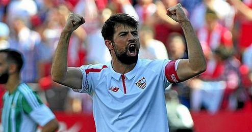 Coke celebra su gol al Betis en Liga.