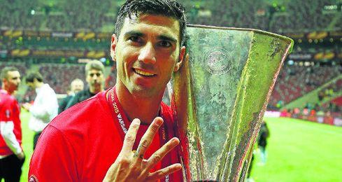 Reyes conquistó en Varsovia su cuarta Europa League.